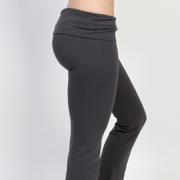 c5895abbd31a Skinny Bootcut Foldover Yoga Pant. M 5ade8695b7f72b4d2c68613b